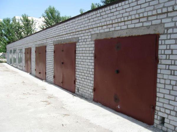 Приобретение гаража: целесообразность и варианты