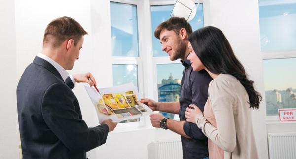 Услуги агентов по недвижимости - есть ли преимущества и в чем?